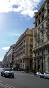 Napoli_Houses-at-the-Seaside