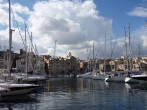 Three Cities, Harbor