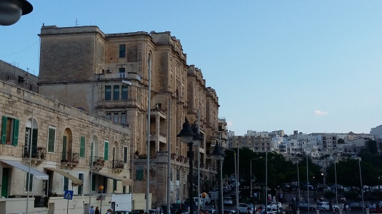Balluta Building at it-Telgha ta' San Giljan